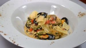 Recette de Risotto aux moules et crème d'ail